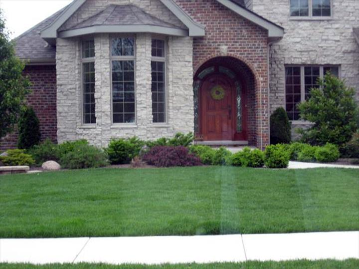 LRH Property Maintenance, Inc. - Landscaping - St. John, IN - Thumb 3